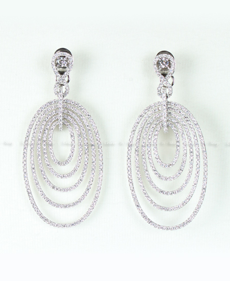 18K WG Diamond Oval Earring